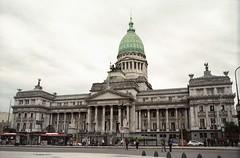 img592 (Buenos Aires loucoporanalogicas) Tags: pentax asahi spomatic kodak 100 pro congresso buenos aires