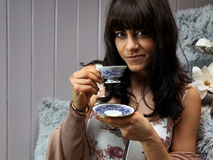 Kaffeepause (ingrid eulenfan) Tags: 2019 kaffeepause pausecafé coffebreak 365project kaffee coffee cup coffeepot tasse coffeetogo model fotoshootings frau woman