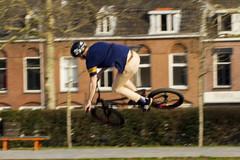 Recreatie Griftpark, Utrecht.010 (George Ino) Tags: georgeinocopyright georgeinohotmailcom thenetherlandsnederlandholland utrecht griftpark recreation recreatie sunny zonnig sport bike fiets bicycle helmet helm