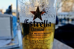 Have a good weekend :-) (fxdx) Tags: weekend beer estrella december outside barcelona rx100m3