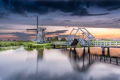Kinderdijk, DR (Imran's) Tags: kinderdijk kinderdijknetherlands nikon nikond750 nikonwithtamron nikonfullframe holland visitholland instagram nederland dutch beautiful sky water bridge
