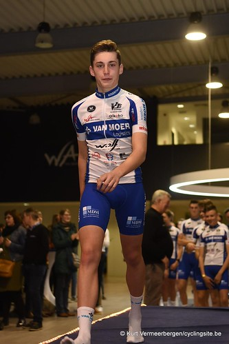 Van Moer Logistics Cycling Team (157)
