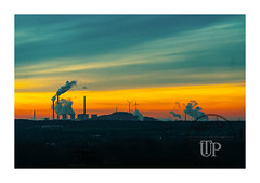 Sunset silhouette (Sony_Fan) Tags: sony sonyfan alpha 7ii 18105g sel pz sunset herten industriekultur ruhrgebiet ruhrpott abendlicht crop fullframe thomas umbach schwelm photographer landscape industrie wolken sky himmel halde ewald hoheward