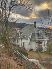 Gammel villa -|- Old villa (erlingsi) Tags: no villa hus bygning building bergen hordaland old gammel årstad ibsensgate