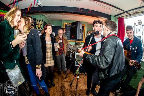 Saturday Unplugged: Alibi