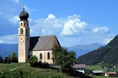 A little mountain church (presbi) Tags: eglise chiesa siusi castelrotto altoadige sudtirol panorama landscape kirche church