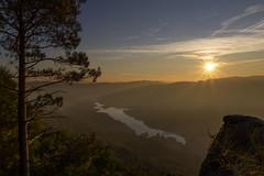 Pedra Bela - Gerês (Marco Pereira Fotografia) Tags: geres pedra bela sol sun paisagem landscape canon 7d sigma 1750mm os minho portugal