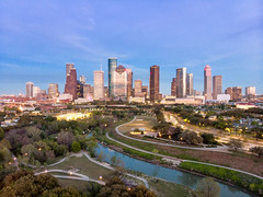 Eleanor Tinsley (RaulCano82) Tags: hdr skyline skyscrapers houston htx hou htown raulcano texas tx spring 2019 itcfire park eleanortinsley view drone mavicair mavic aerial photography bayou houstontx houstontexas houstonskyline bluehour sunset