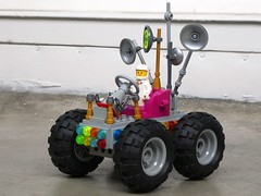 Modest Rover - Febrovery 2019 20 (captain_j03) Tags: toy spielzeug 365toyproject lego minifigure minifig moc febrovery space rover car auto 886