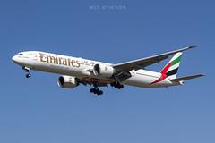 Boeing 777-31H(ER) A6-ENJ Emirates (msd_aviation) Tags: boeing boeing777 boeing777300er b773er b77w emirates bcn lebl barcelona elprat airport joseptarradellas aviation aviation4u aviationlovers aviationfans aviationpics aviationphotos spotting spotters planespotting planespotters airplanes