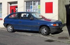 1994 Vauxhall Astra Merit (occama) Tags: l403vrl 1994 vauxhall astra merit blue old cornwall uk opel cornish bangernomics