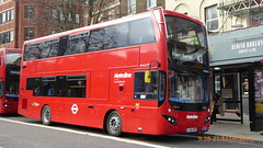 P1150152 VMH2573 LA68 DWP at Highbury Corner Upper Street Islington London (LJ61 GXN (was LK60 HPJ)) Tags: metroline volvob5lhybrid mcv evoseti mcvevoseti 105m 10490mm vmh2573 la68dwp nb978
