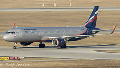VP-BAV Airbus A321 Aeroflot Munich airport EDDM 17.02-19 (rjonsen) Tags: plane airplane aircraft aviation airliner airside taxying