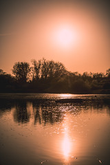 Intervalle (Un instant.) Tags: lake sunset trees france sun soleil canon 1855mm light