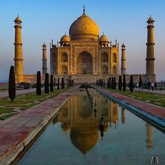 The Taj, early morning before the crowds arrive (SuzieAndJim) Tags: suzieandjim heritage buildings india tajmahal
