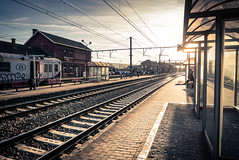 The Sun is coming (Gilderic Photography) Tags: flemalle gare belgium belgique flemallehaute station railway sun afternoon winter perspective urban city light