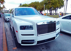 Rolls-Royce Cullinan SUV (Infinity & Beyond Photography: Kev Cook) Tags: rollsroyce cullinan suv exotic luxury car supercar miami south beach cars