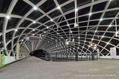 Subway station The Hague Central (PG8DA) Tags: canon 1100d thehague denhaag southholland zuidholland thenetherlands nederland architecture station symmetry manfrotto befree bluehour town city train metro underground subway rails