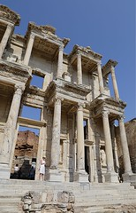 _MG_3880 (chazheng) Tags: ephesus ancientcity turkey asia europe city canon culture history art centuries traditions architects landscape famous wonderful interesting perspective flickr attraction building fullframe street