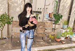 Never rush in love for it never runs out. Let love be the one to knock on your door so that by the time you start to feel, you'll know it's real. (Pandancream) Tags: secondlife me mood lily flower tree sit smile jeans summer