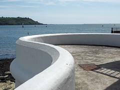 sea wall (chrisinplymouth) Tags: wall concrete seawall tinside plymouth plymouthsound devon england city uk hoe curve sea seaside xg