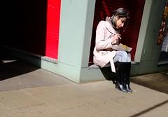 Chips (Bury Gardener) Tags: streetphotography street streetcandids snaps strangers candid candids people peoplewatching folks 2019 norfolk norwich england eastanglia uk fujixt3 fuji urban city