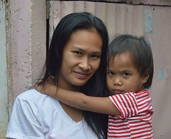 mother and child (the foreign photographer - ฝรั่งถ่) Tags: mother child boy khlong lard phrao portraits bangkhen bangkok thailand nikon d3200