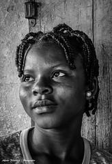 Alfredo Felletti (alfredo_felletti) Tags: ritratto portrait portfolio bianconero woman donna benin africa africani streetphotography blackandwhite storyteller gente persone people