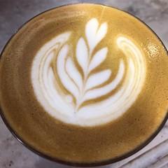 好久沒拉花 給你一杯直白 #flatwhite #cafe #coffee #rapha #clubhouse #taipei #taiwan (funkyruru) Tags: flatwhite cafe coffee rapha clubhouse taipei taiwan