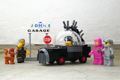 Punk Rover - Febrovery 2019 28 (captain_j03) Tags: toy spielzeug 365toyproject lego minifigure minifig moc febrovery space rover car auto honestjohn pink