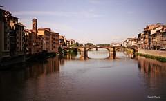 Rivière / Arno / River (Donald Plourde) Tags: florence firenze ponte rivière arno river fiume italie italia italy