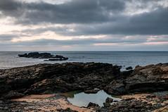 Charco entre las rocas (ccc.39) Tags: asturias gozón mar cantábrico verdicio tenrereo rocas agua anochecer playa beach rocks sea seascape water