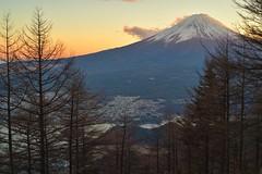 新道峠 (龔丸) Tags: 富士山 fuji 山梨 河口湖 新道峠 夕照 inexplore