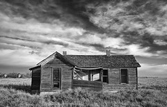 home.....home again (eDDie_TK) Tags: colorado co coloradoseasternplains weldcountyco weldcounty blackandwhite bw abandoned neglected homesteads