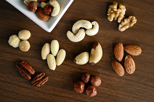 Almond almonds brazil nut - Credit to https://homegets.com/