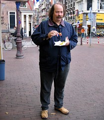 Lekker een  haring Amsterdam North Holland Nederland the Netherlands (MartinoG52) Tags: northholland visstalletje thenetherlands nederland amsterdam haringeten haring