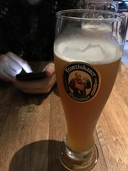 (Sibila Ribeiro) Tags: beer birra beerlovers cerveja cerveza mg minasgerais sibilaribeiro sibilaribeirof alcohol iphone franziskaner franziskanerweissbier