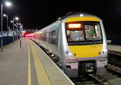 168111 (R~P~M) Tags: england uk unitedkingdom greatbritain train railway oxfordparkway oxford oxon oxfordshire chilternrailways arriva night dmu multipleunit diesel 168