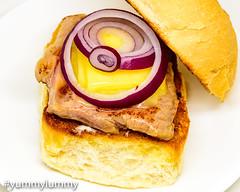 Sous vide steak sandwich (garydlum) Tags: beef butter cheese cooncheese garlicaioli hamburger mayonnaise redonion sousvide steak steaksandwich canberra australiancapitalterritory australia au