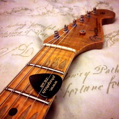 Honest Wear & Tear (Dave Dixon LRPS) Tags: guitar electricguitar fender strat stratocaster relic