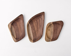 Accent Dishes (Less&More) Tags: accentdishes handcarved walnutwood shallowwoodentrays lessmore