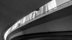 13112018-DSCN3558 (pi3rreo) Tags: dubai city building ville noiretblanc black white urbain urban urbanscape extérieur uae nikon coolpix voyage travel