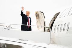 President Trump Boards Air Force One en route to Delaware (The White House) Tags: delaware presidentdonaldjtrumparrivesatjointbaseandrewsairforc enroutedover maryland unitedstatesofamerica usa presidentdonaldjtrumparrivesatjointbaseandrewsairforcebase