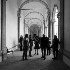 Meetings - St.Peter's cloister (Reggio Emilia) -  March 2019 (cava961) Tags: meetings stpeter analogue analogica monochrome bianconero bw 6x6
