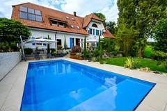 Hügel Garten- und Landschaftsbau gehört zur TOP 10 des bsw-Awards 2018 in der Kategorie Private Badelandschaft im Freien - Standard. (Bundesverband Schwimmbad & Wellness) Tags: bswaward bundesverband schwimmbad wellness top 10 schwimmbäder pool pools