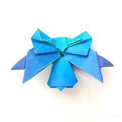 Ribbon with Bell (harukasouen99) Tags: origami ribbon bell blue papercraft paperfold paperfolding handmade paperart paperfun diy papiroflexia foldingpaper arteenpapel papirodobradura おりがみ 折紙 折り紙