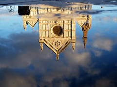 Basilica di Santa Croce (Reflection) (Pierrot le chat) Tags: reflections basilicadisantacroce florence italy italia italie firenze water puddleofwater clouds