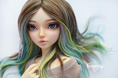 DSC_2049 (sonya_wig) Tags: fairytreewigs wig bjdwig minifeewig bjd bjdminifee minifeechloe handmadedoll bjddoll dollphoto fairyland fairylandminifee minifee chloe bjdphotographycoloringhair