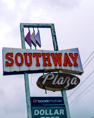 Southway (Pete Zarria) Tags: green florida neon sign shopping center mall old decay plaza