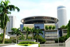 Elegant Architecture. (john a d willis) Tags: singapore modernarchitecture greenery ourhotel